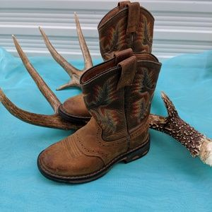 Ariat Kids Distressed  Western Cowboy Boots